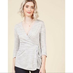 ModCloth Recognition Wrap Top In Grey